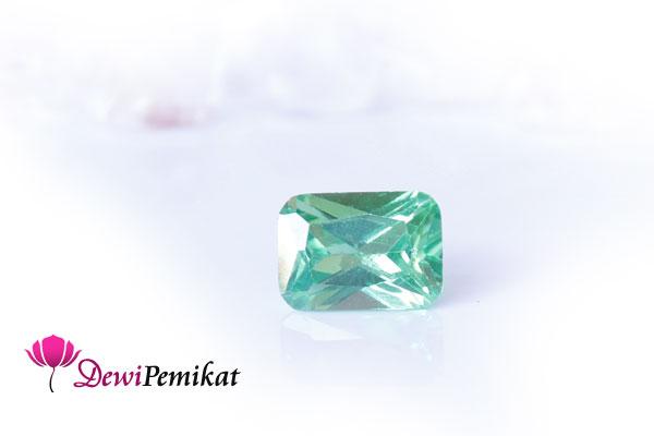 Kristal Pemutus Asmara